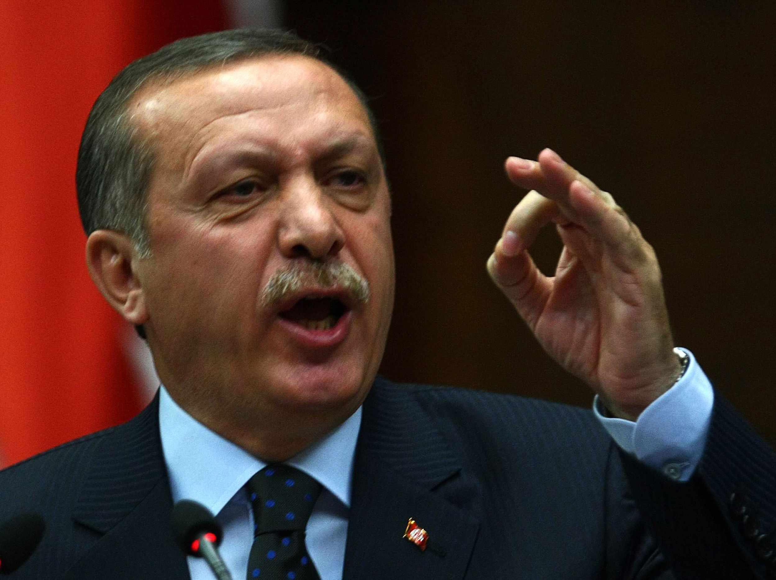 أردوغان يجدد هجومه على المعارضة في تركيا ويتهمها بالإفلاس وعدم التجانس