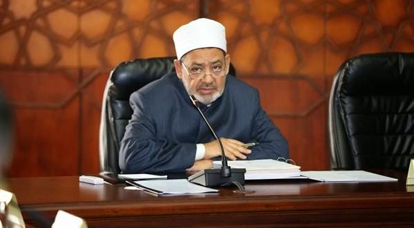 شيخ الأزهر يهنىء الرئيس والقوات المسلحة وشعب مصر بانتصارات أكتوبر