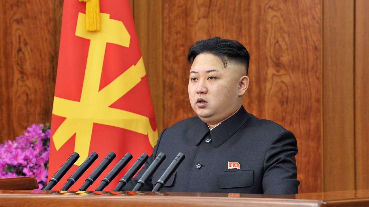 زعيم كوريا الشمالية يترأس اجتماعا للجنة العسكرية المركزية
