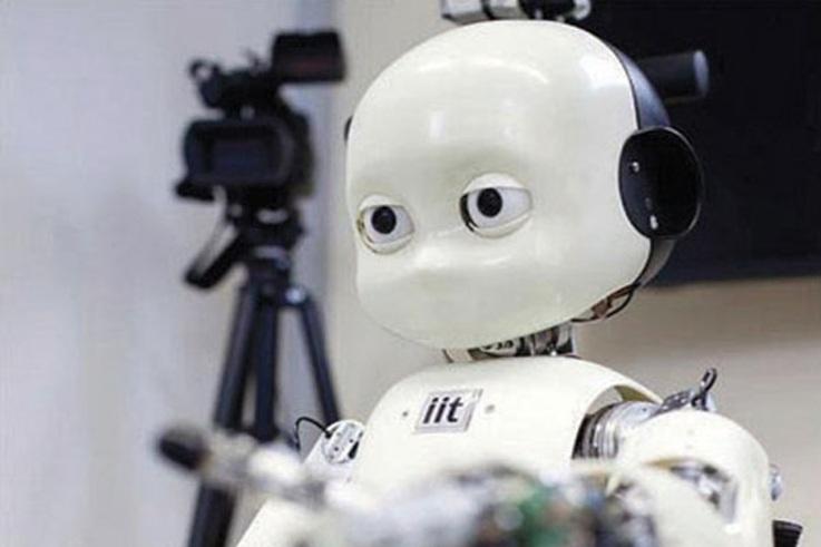 أول روبوت يعمل في خدمة توصيل السلع بكوريا الجنوبية
