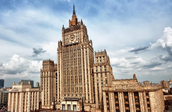 الخارجية الروسية : فرض عقوبات أمريكية جديدة ضدنا مؤامرة بين واشنطن ولندن