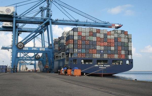 ميناء دمياط يستقبل 7 سفن للحاويات والبضائع العامة خلال 24 ساعة