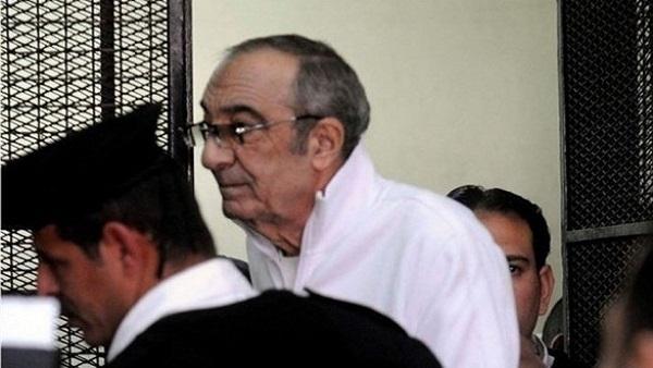 تأجيل محاكمة زكريا عزمي في «الكسب غير المشروع» لـ٣١ مايو