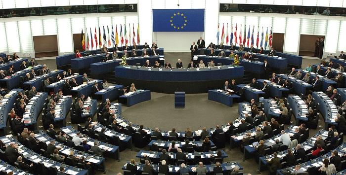 بريطانيا والاتحاد الأوروبي يحققان أول تقدم في مباحثاتهما بشأن الخروج