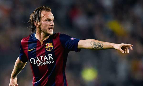 ميلان يبدي رغبته في ضم راكيتيتش نجم برشلونة على سبيل الإعارة