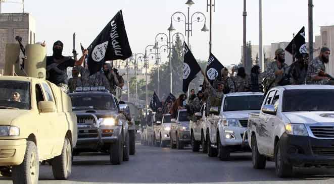 واشنطن بوست: هزيمة «داعش» فى سوريا تضع «ترامب» بمواجهة «الأسد»