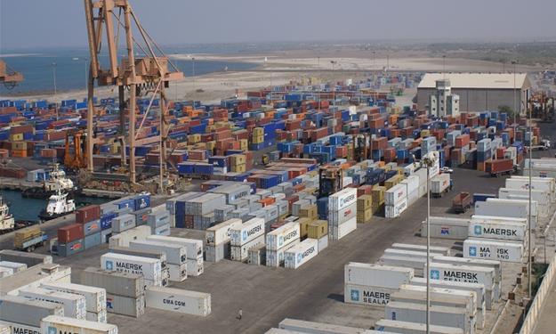 تداول 694 ألف طن بضائع بموانئ البحر الأحمر فى نوفمبر الماضى