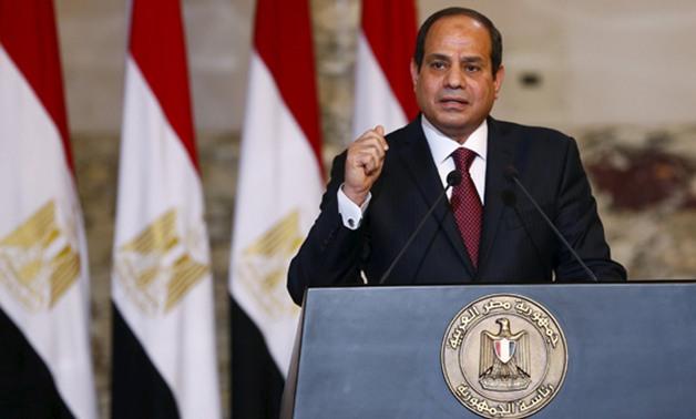 الرئيس السيسي : حريصون  على إنهاء كل التحديات والمعوقات التي تواجه الصناعة