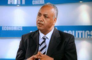 مصطفى-بكري-السيسي-لم-يعد-رئيسًا-بل-مشروع-وطن