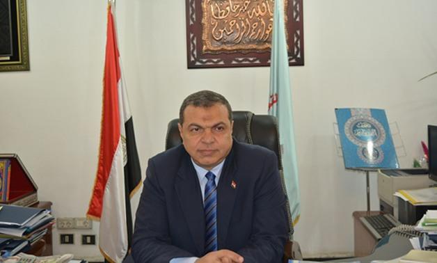 صرف 162 ألف جنيه إعانات طوارئ لـ 332 عاملا مضارا بشمال سيناء