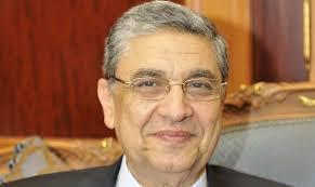 وزير الكهرباء يواصل اجتماعاته برؤساء الشركات لرفع مستوى الأداء