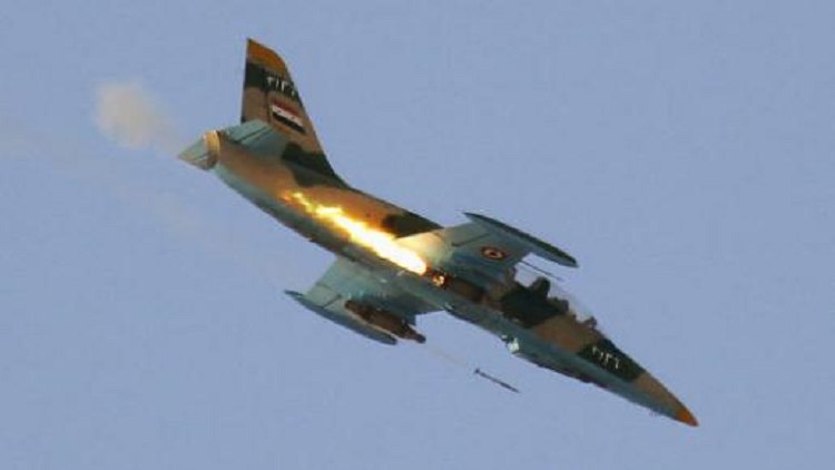 سقوط طائرة حربية سورية بعد إقلاعها ونجاة الطيار