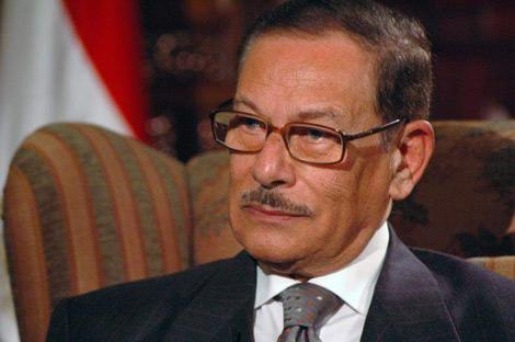 """إصابة صفوت الشريف """"وزير الإعلام الأسبق"""" بكورونا وحالته حرجة"""