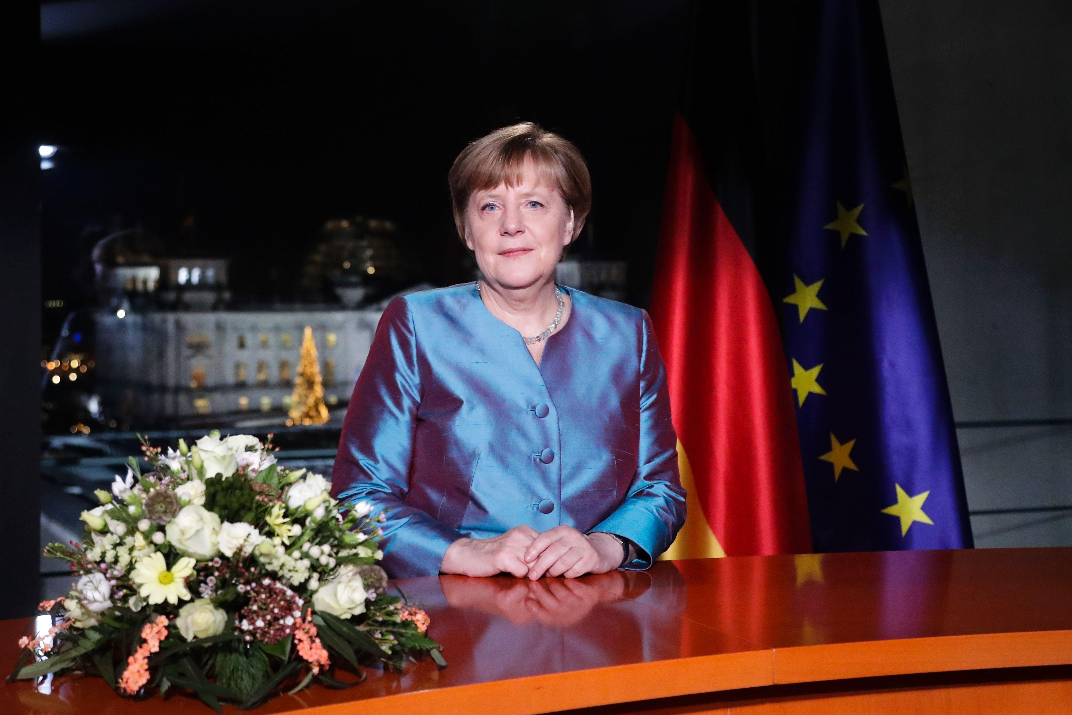 المستشارة الألمانية تؤكد أهمية الناتو في المنظومة الدفاعية