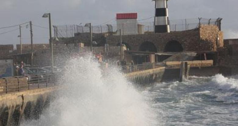 إغلاق بوغاز ميناءي الإسكندرية والدخيلة لسوء الأحوال الجوية
