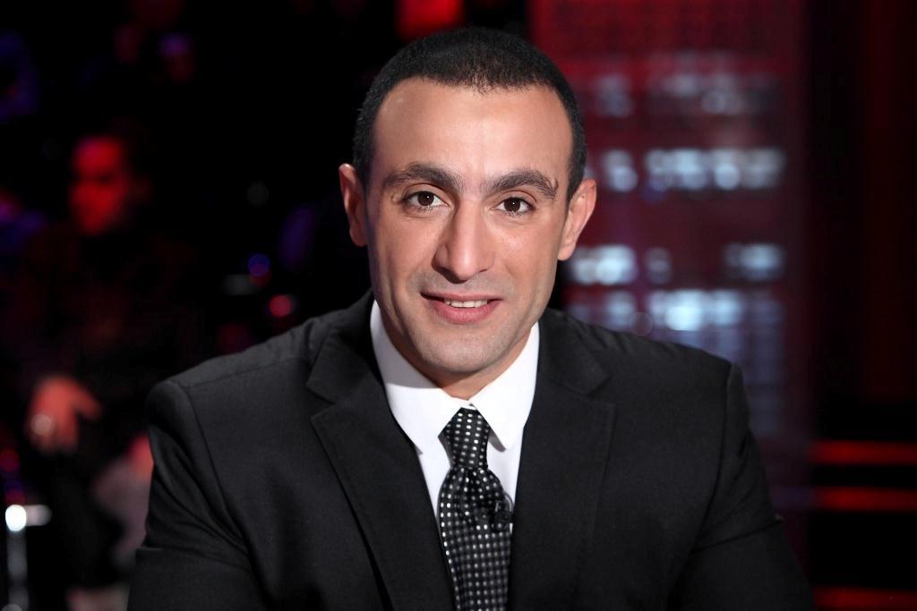 شاهد | أحمد السقا يفاجئ الشيف علاء الشربينى على الهواء