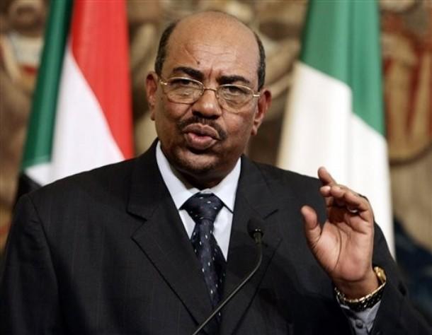 البشير : السودان آمنة ومسالمة وقادرة على توفير السلام لمواطنيها