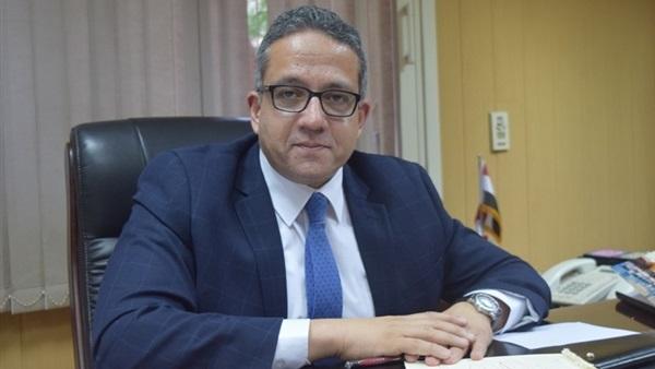 وزير الآثار يصدر قرار بتعيين العميد هاني ممدوح مساعد بالشئون المالية
