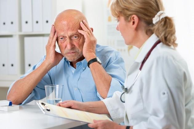 دراسة طبية: الغضب أكثر ضررًا لكبار السن من الحزن