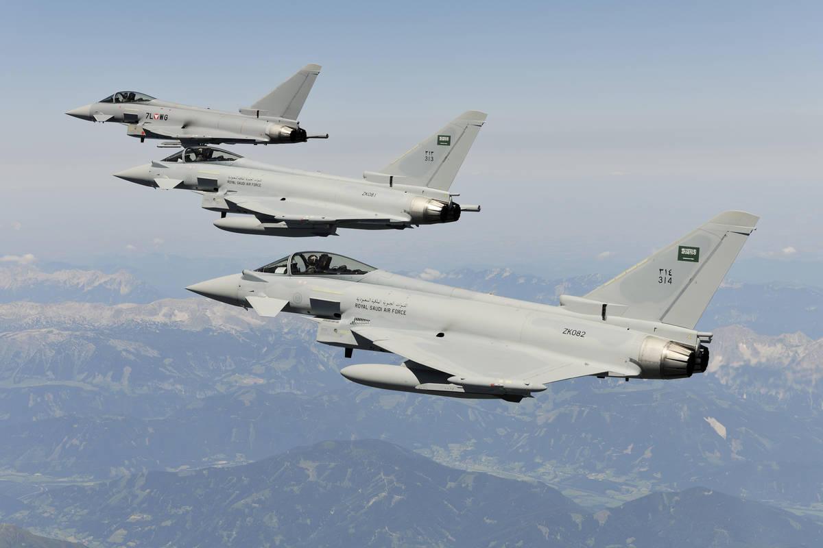التحالف العربي يقصف أهدافا حوثية شمال الضالع وصنعاء