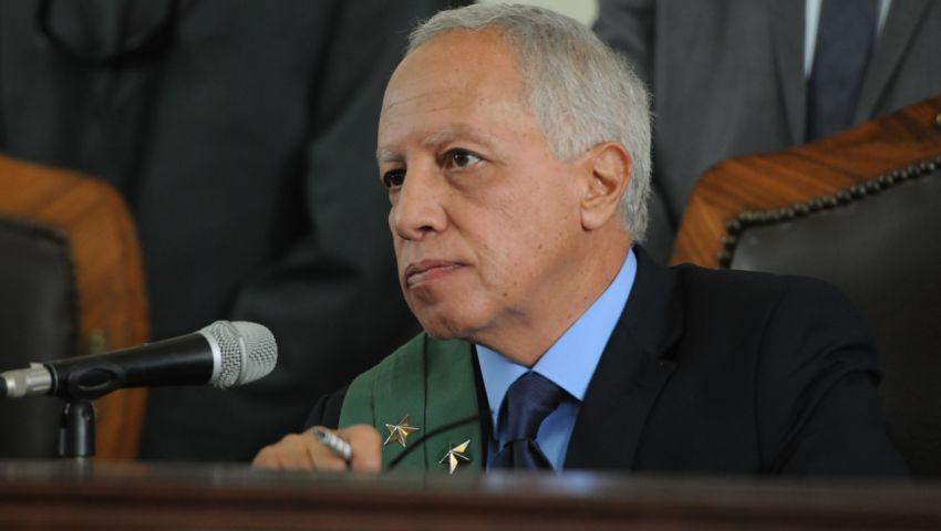 تأجيل إعادة محاكمة محمود عزت بأحداث مكتب الإرشاد لجلسة 4 يناير