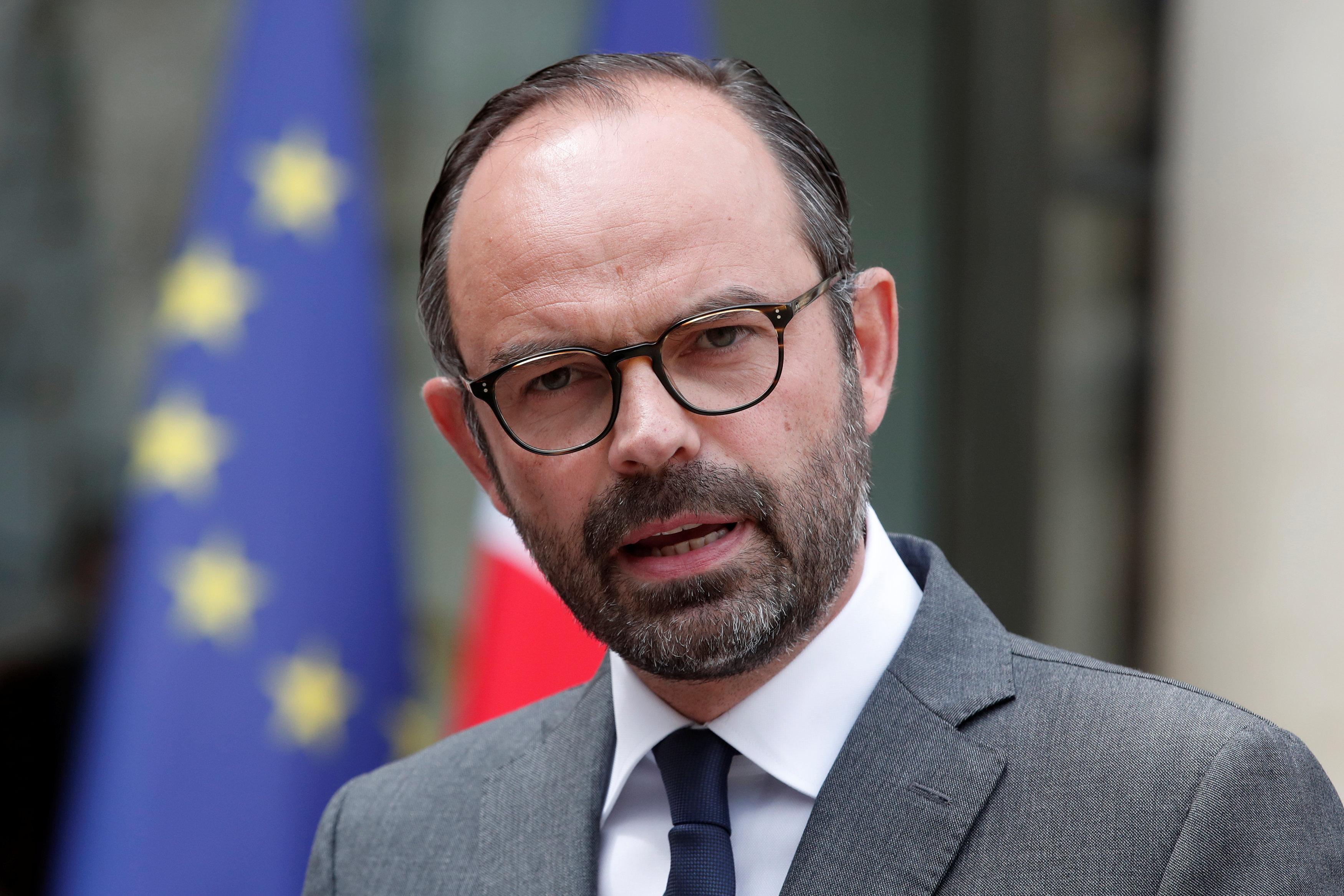 فرنسا تعد تدابير أمنية استثنائية قبل تظاهرات السبت المقبل