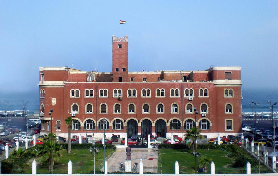 جامعة الأسكندرية تلغي التعامل الورقى فى مجال المشروعات اعتبارًا من شهر يوليو