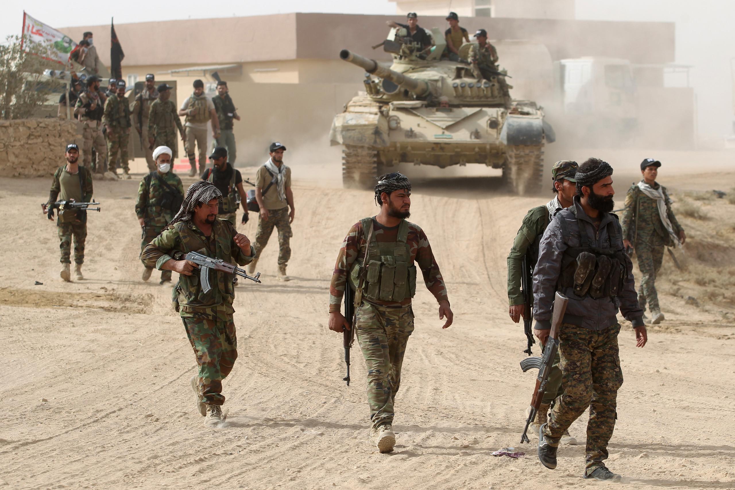 الحشد الشعبى العراقى يعلن حالة التأهب على الحدود السورية