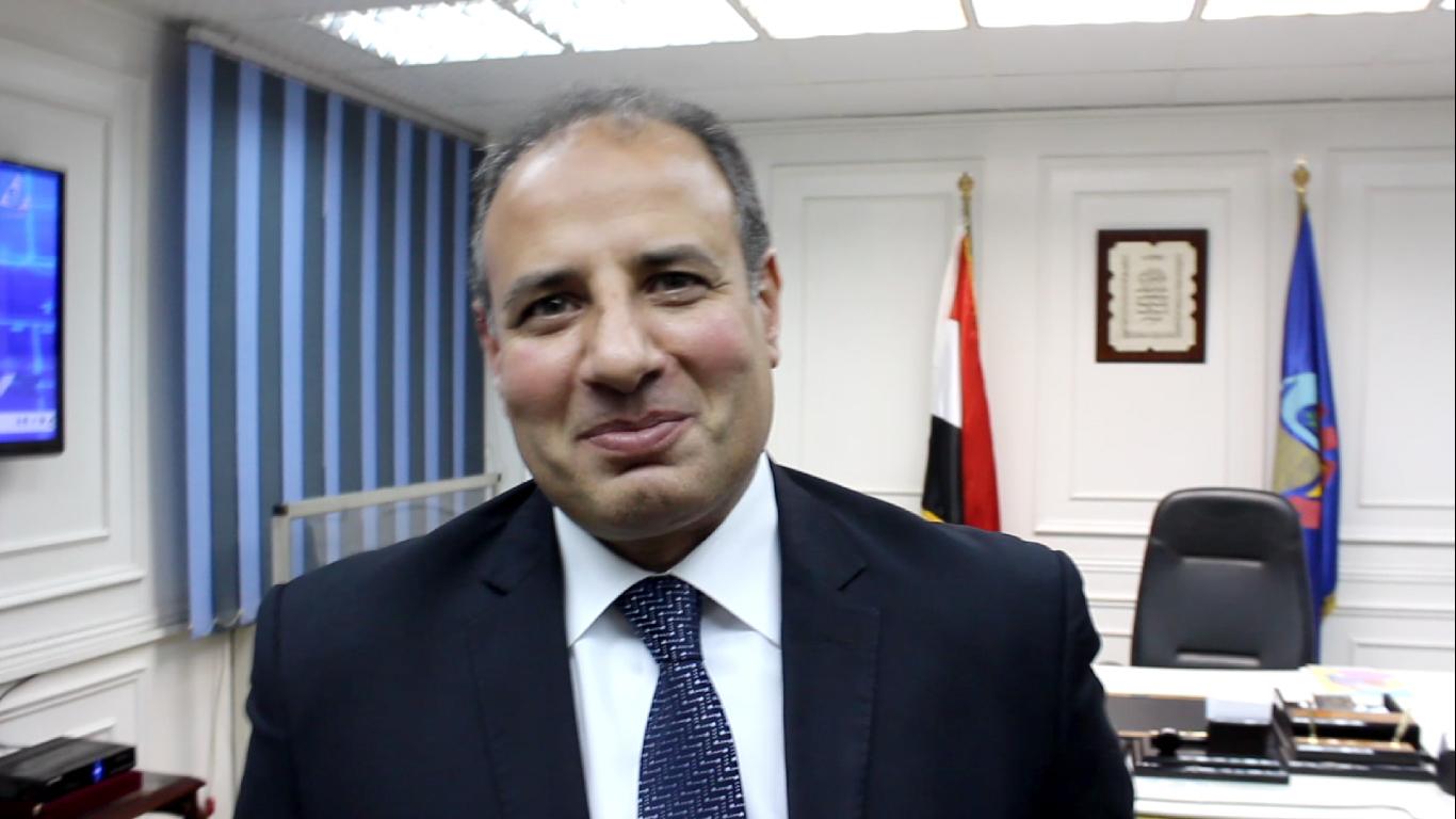 محافظ الإسكندرية يشدد على استمرار تكثيف الجهود المبذولة لتوريد الأقماح المحلية