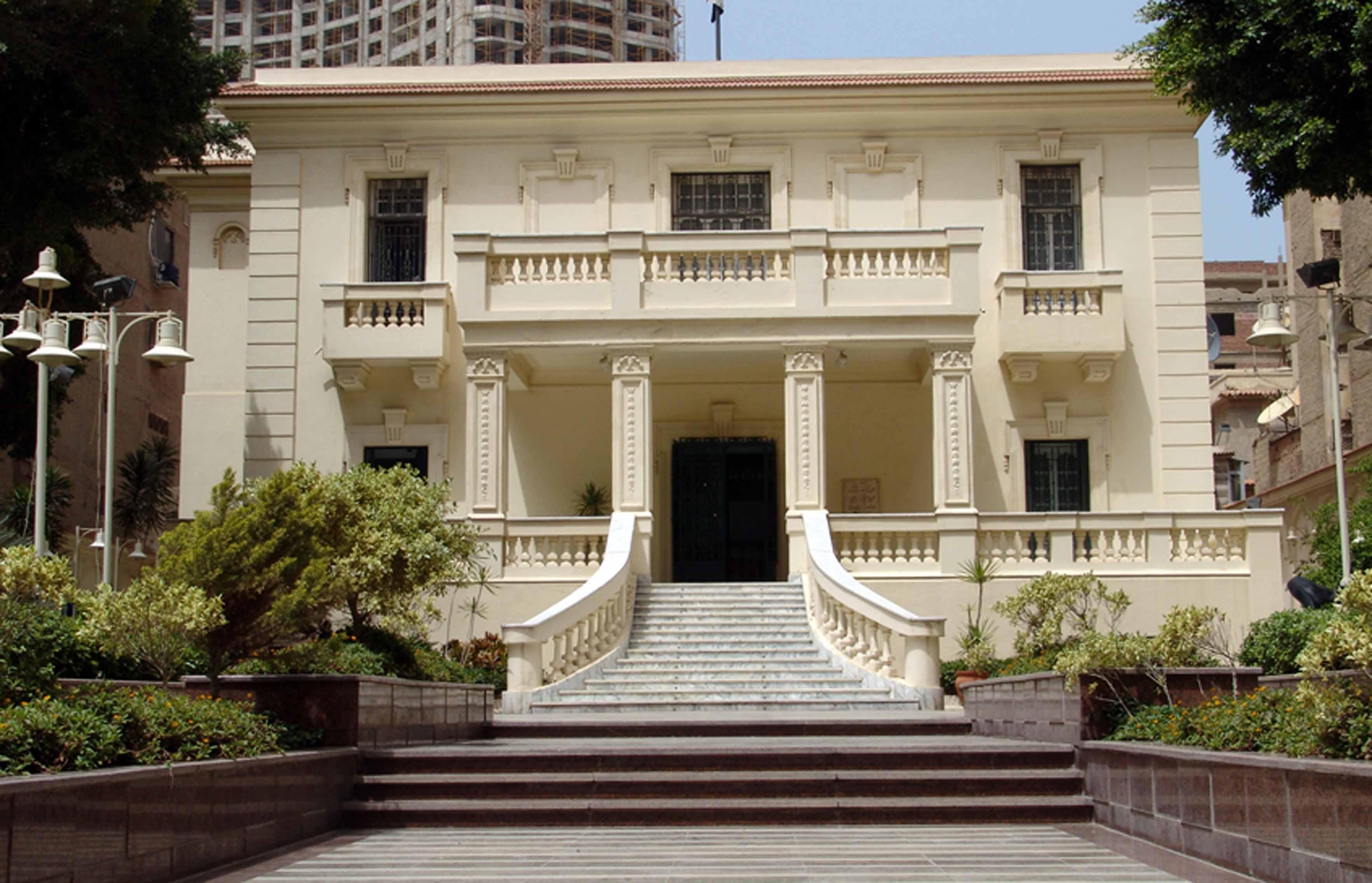 معرض «بداية فنان» في مركز محمود سعيد بالإسكندرية الأحد المقبل