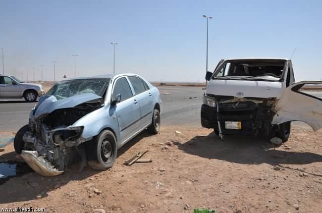 مصرع 3 أشخاص في تصادم سيارتين بطريق «العين السخنة – الزعفرانة»