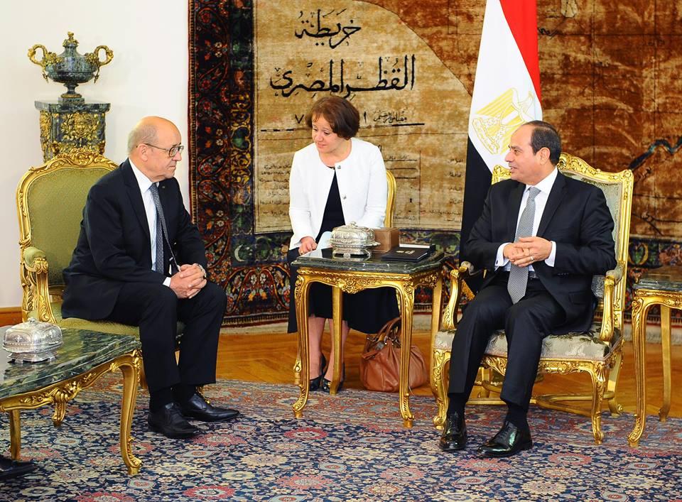 وزير الخارجية الفرنسية يغادر القاهرة عقب لقاء الرئيس السيسى وعدد من المسئولين