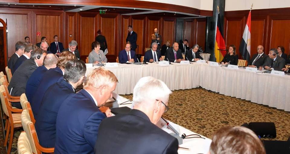 الرئيس السيسي يعرب عن تطلع مصر لدعم ألمانيا لجهود التنمية