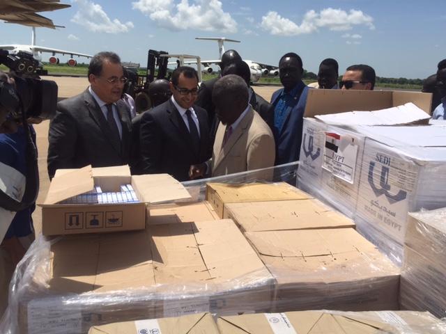 صور | وصول طائرة المساعدات الإنسانية الثالثة من مصر إلى جنوب السودان