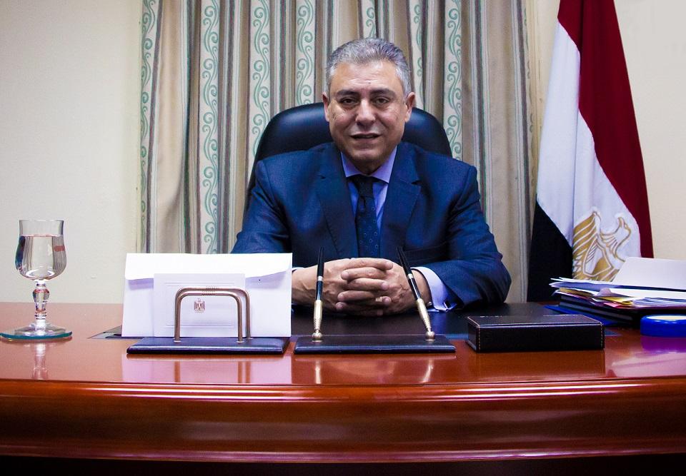 سفير مصر بتل أبيب: على إسرائيل أن تتقدم مع الفلسطينيين لتحقيق السلام