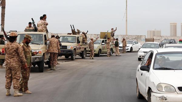 الجيش الليبى يعرب عن قلقه إزاء الفوضى الأمنية والانتهاكات بمناطق غرب البلاد