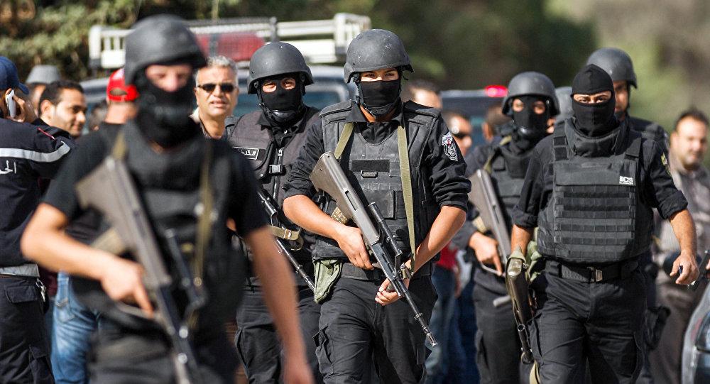 الأمن التونسي يضبط 5 عناصر لصلتهم بمقتل عسكري في المترو