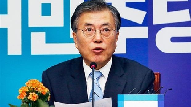 رئيس كوريا الجنوبية يدعو اليابان للتشاور بشأن تعويض ضحايا العمل القسرى