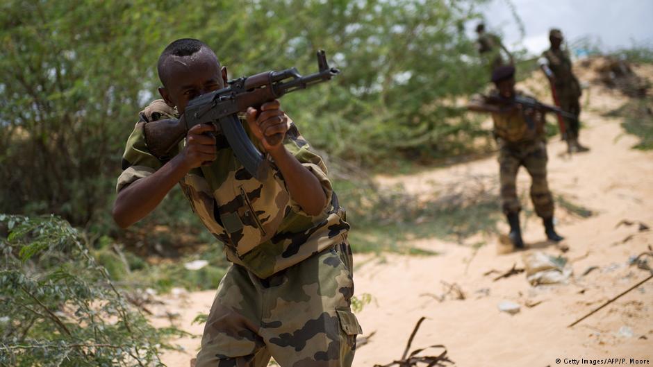 القوات الصومالية و أميصوم تبحثان طرد الجماعات الإرهابية في البلاد