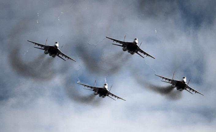 البنتاجون يعترض على تحليق قاذفات روسية فوق منطقة أمريكية