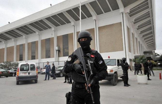 الداخلية التونسية : إيقاف 360 شخصا وإصابة 21 من قوات الأمن بمختلف الولايات