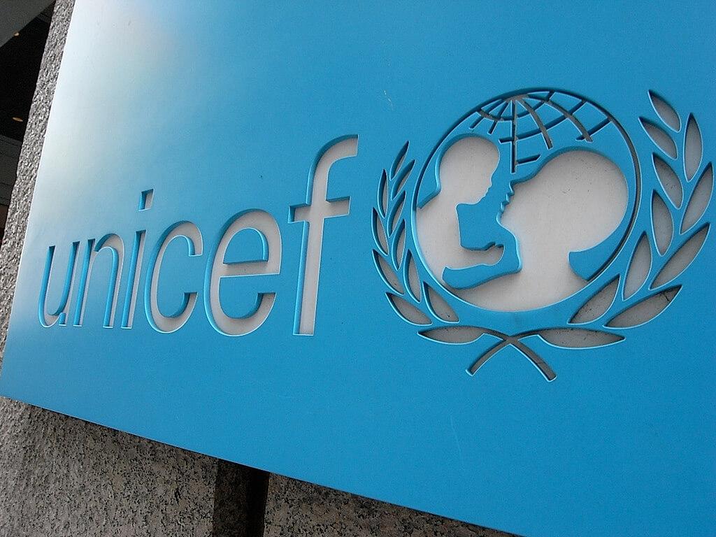 اليونيسف: 150 مليون طفل إضافى يعانون من الفقر بسبب كورونا