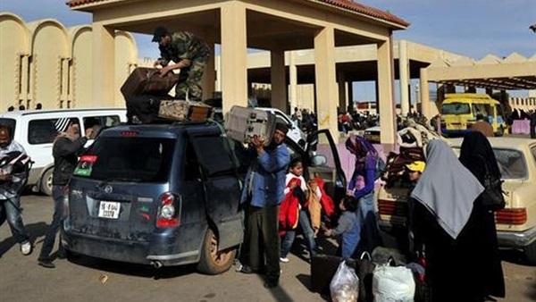 عودة 384 مصريًا من ليبيا وعبور 249 شاحنة عبر منفذ السلوم