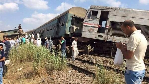 الصحة: إصابة 12 شخصا إثر خروج قطار عن القضبان بالمنوفية