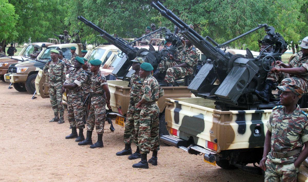مقتل 20 مدنيا و5 جنود في هجوم مسلح لبوكو حرام شمالي نيجيريا
