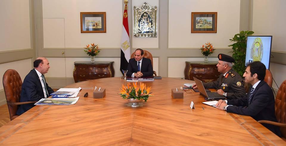 الرئيس السيسي يناقش آخر تطورات مشروع أنفاق قناة السويس بالإسماعيلية