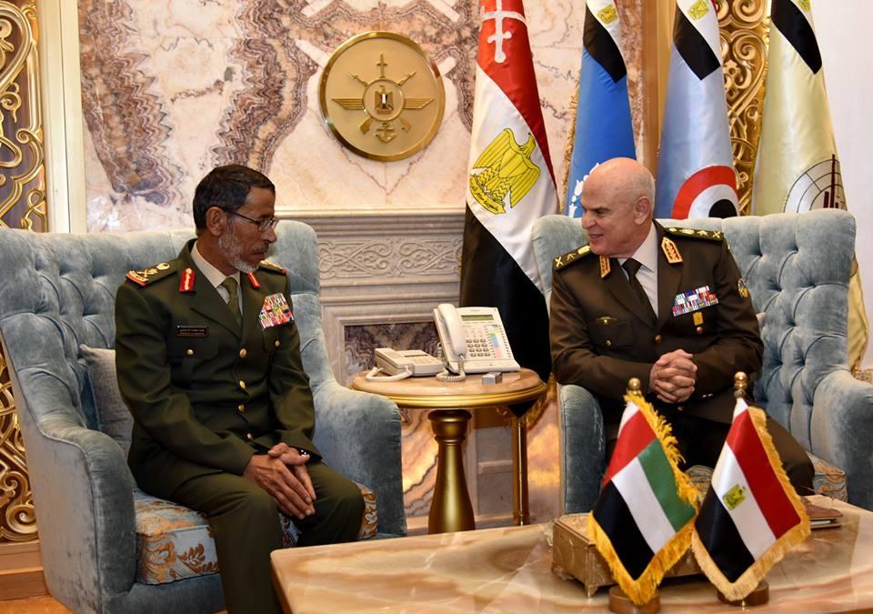 رئيس الأركان يبحث مع نظيره الإماراتي دعم علاقات التعاون المشترك بين البلدين