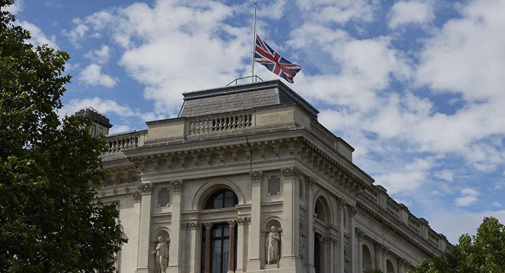الخارجية البريطانية ترفض طلب الإكوادور منح جوليان أسانج وضع دبلوماسي