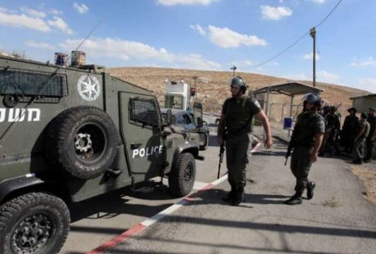 الاحتلال الإسرائيلى يعتقل 18 فلسطينيا من الضفة