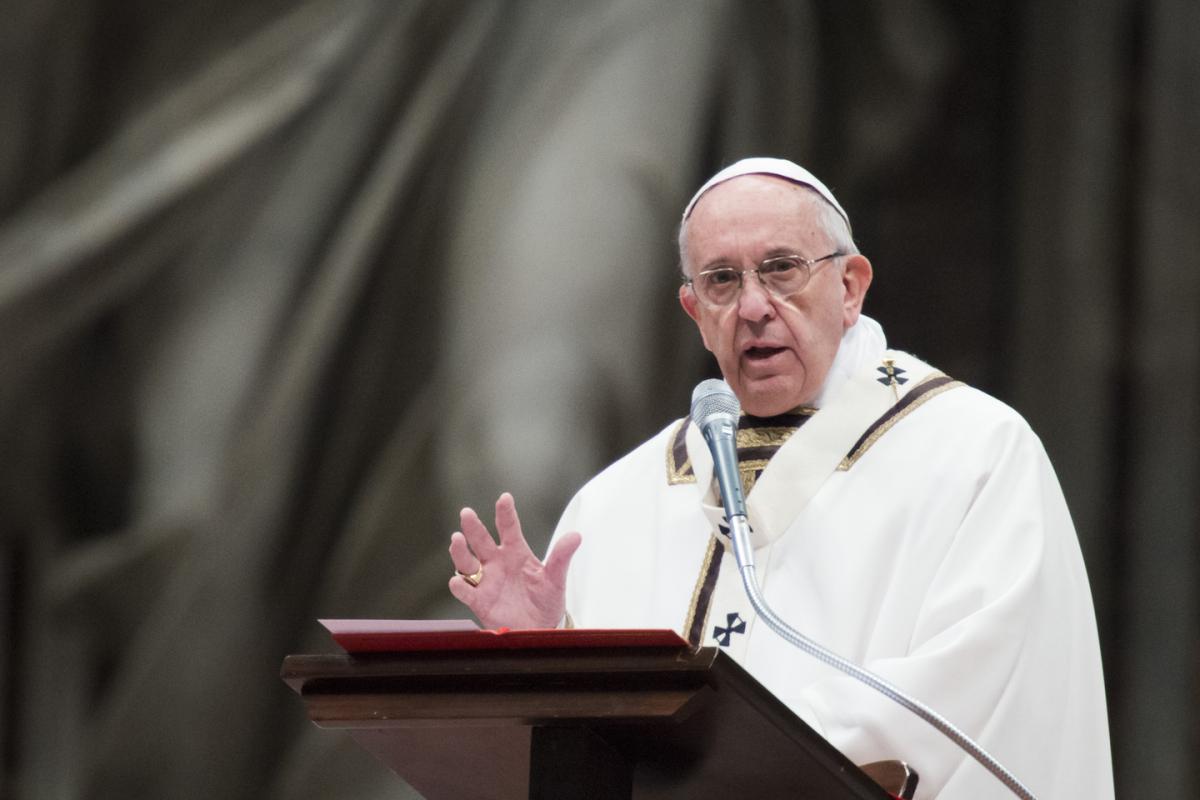 هجمات تستهدف ثلاث كنائس في تشيلي قبل زيارة البابا